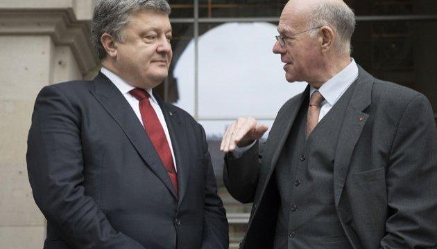 Порошенко призывает Бундестаг признать Голодомор геноцидом украинского народа