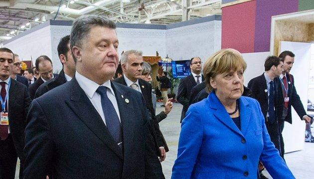 Poroshenko confirma en Berlín: No hay alternativa a