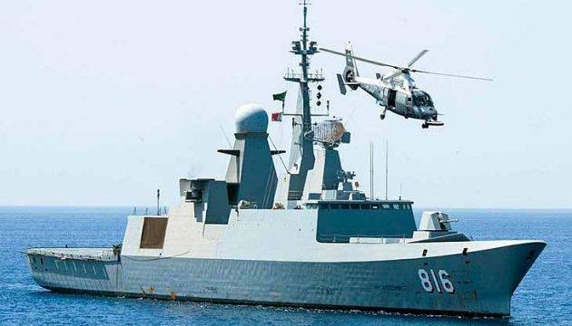 Военный фрегат Саудовской Аравии подвергся нападению смертников