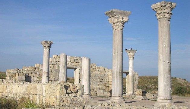 ЮНЕСКО разрабатывает механизм мониторинга памятников истории в оккупированном Крыму