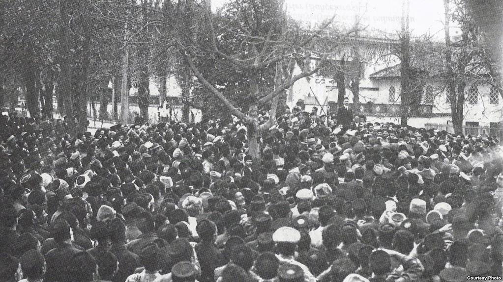 Перший Курултай кримськотатарського народу в Бахчисараї. (Крим, 1917 рік)