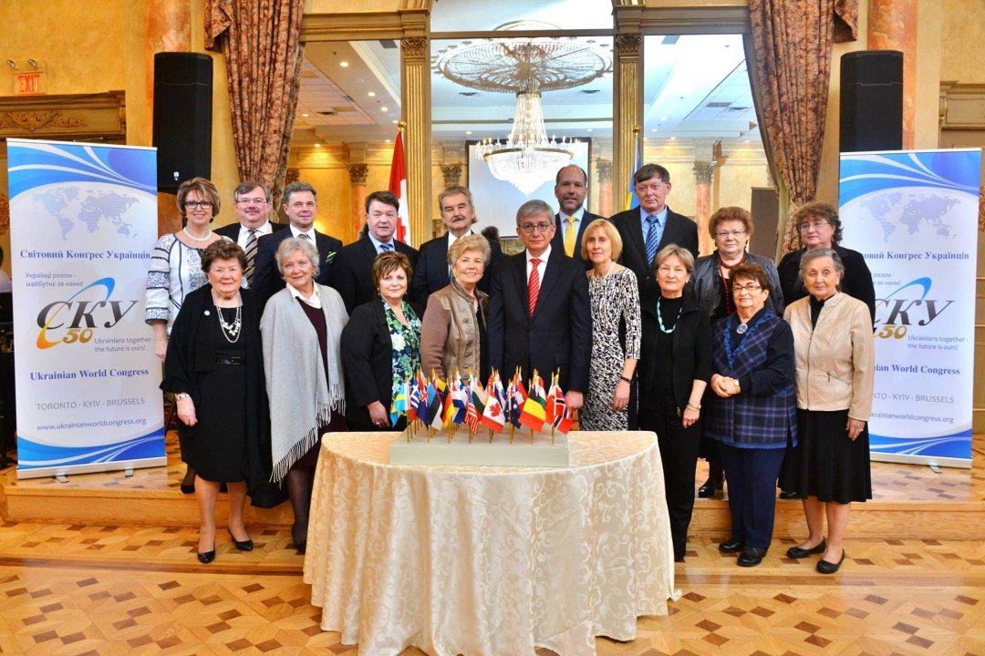 Колишні та діючі члени Ради директорів СКУ
