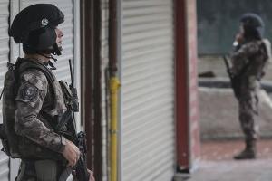 Антитерористична операція в Туреччині — відсторонили трьох мерів та арештували 418 осіб
