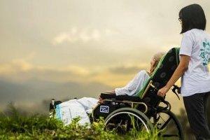 У столиці паліативні хворі отримуватимуть медичну допомогу вдома