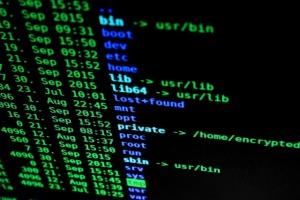 Хакери здійснили потужну DDoS-атаку на сайт НБУ