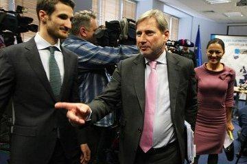 ハーン欧州委員、ウクライナの公共放送局を訪問