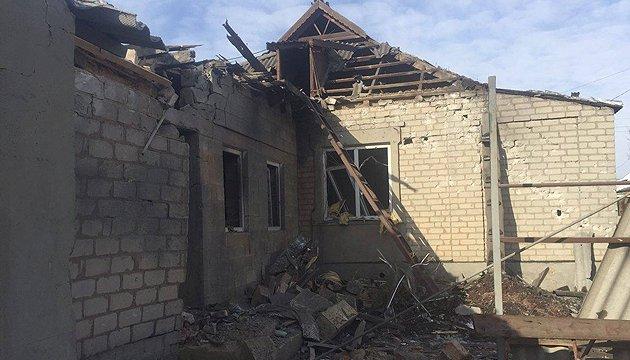 За время обстрелов в Авдеев разрушены 28 жилых домов - Зубко