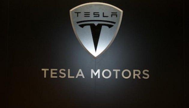 Tesla Motors меняет название