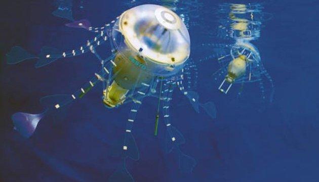 Робот-медуза навчився ловити рибку
