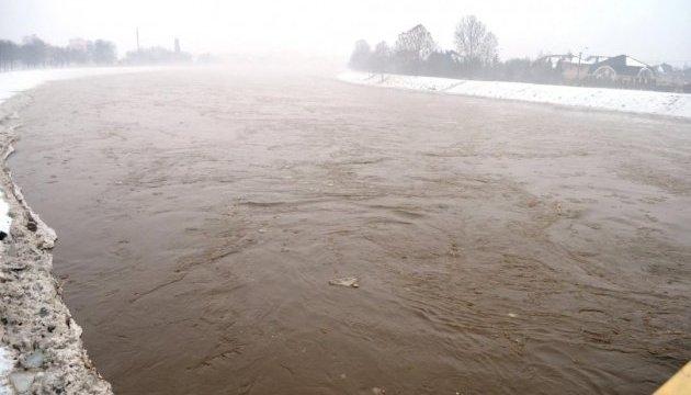Річка Латориця у Мукачеві піднялася до критичного рівня