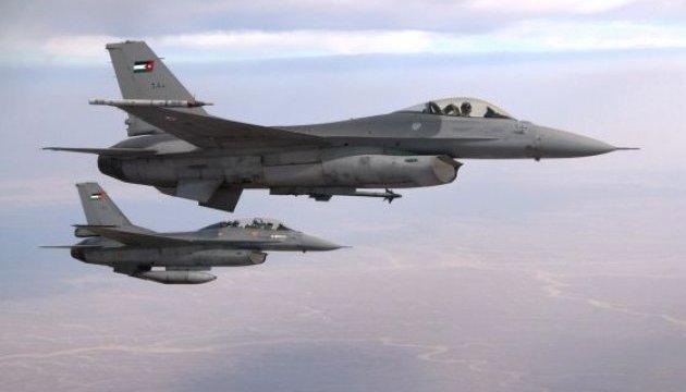 Иорданская авиация нанесла удары по ИГИЛ на юге Сирии
