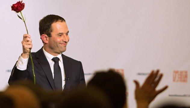 Выборы во Франции: в президенты выдвинули политика, считавшегося аутсайдером