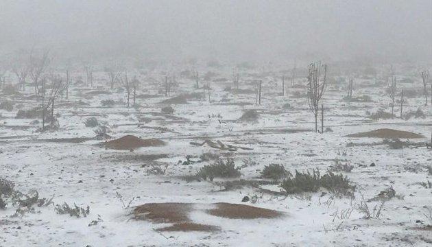 В Эмиратах внезапно выпал снег