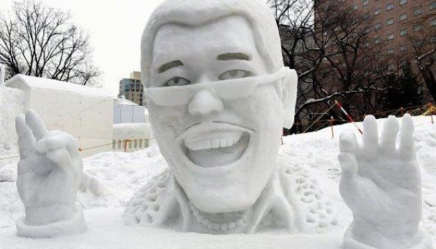 Фестиваль снега в Японии: скульптуры достигают 15 метров в высоту