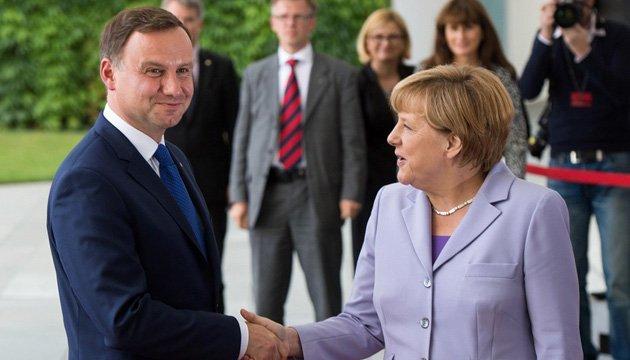 Дуда и Меркель: Нормальные контакты с РФ невозможны, пока в Украине кризис