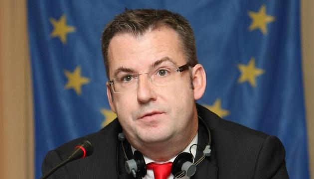 Дипломат: Корупція лишається головною загрозою для асоціації ЄС-Україна