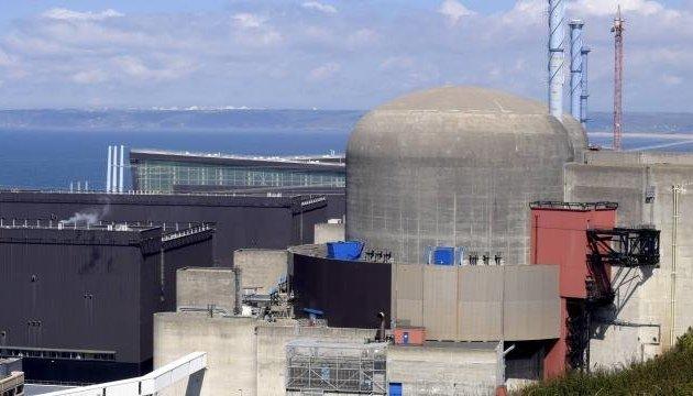 Взрыв на АЭС во Франции: работу одного из реакторов остановили