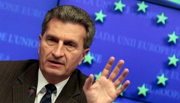 Єврокомісар Еттінгер закликає дати Туреччині більше грошей на біженців