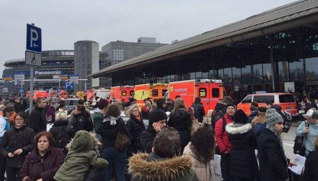 У Гамбурзі через невідомий газ евакуювали аеропорт