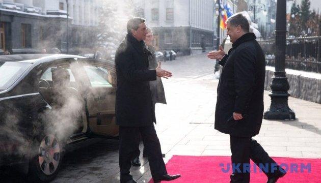 В Киеве началась встреча Порошенко с президентом Словении