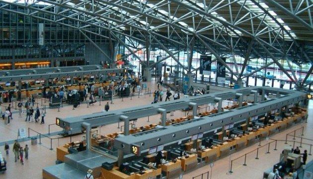 Украинцев среди пострадавших в аэропорту Гамбурга нет - МИД
