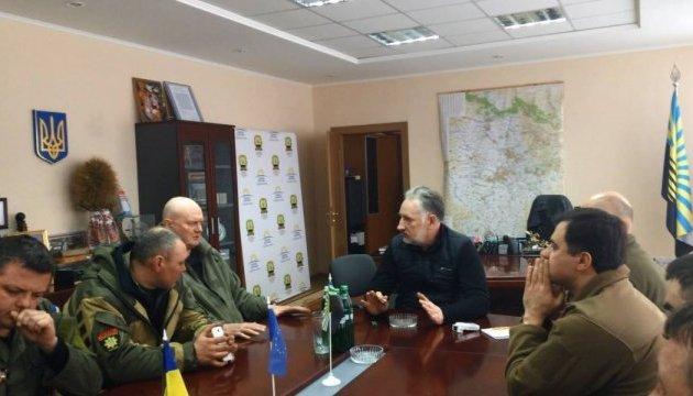 Блокада Донбасса: Жебривский рассказал активистам о возможных последствиях