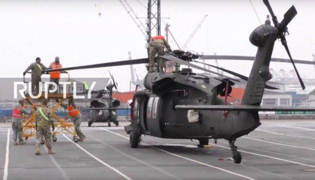 В Германии началась разгрузка военной техники для Восточной Европы