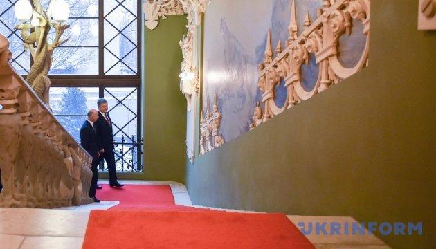 Порошенко и Гройсман сегодня встретятся с премьером Молдовы
