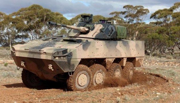 Австралия продаст Фиджи бронетехнику