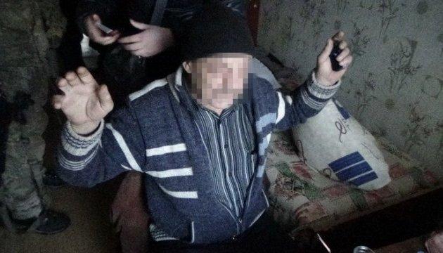 В Славянске задержали боевика, который пытал заложников