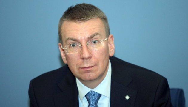 Глава МЗС Латвії сподівається на швидке запровадження безвізу для України