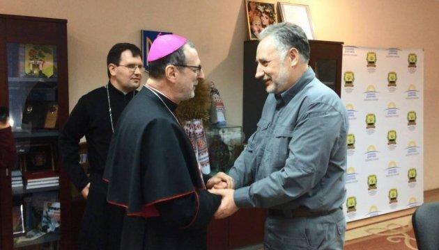 Ватикан выделит для жителей Авдеевки 200 тыс. евро