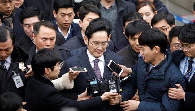 Главу Samsung заарештували у справі про корупцію