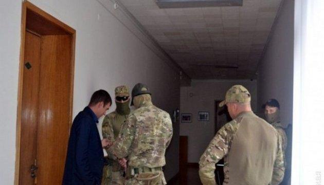 Керівників Лисичанської мерії перевіряють на причетність до корупційних схем