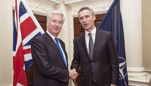 НАТО має навчитися реагувати швидше - міністр оборони Британії