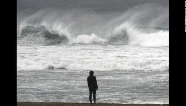 В Калифорнии из-за шторма погибли двое людей