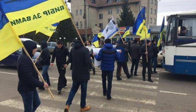 На Буковині та Закарпатті розпочалися акції з перекриття міжнародних трас