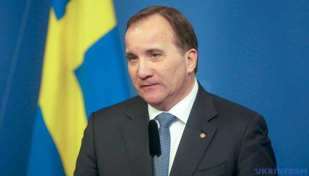 Прем'єр Швеції шукає способи скоротити трудову міграцію в країну