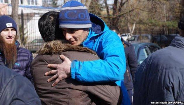 Окупанти звільнили з-під арешту чотирьох кримських татар
