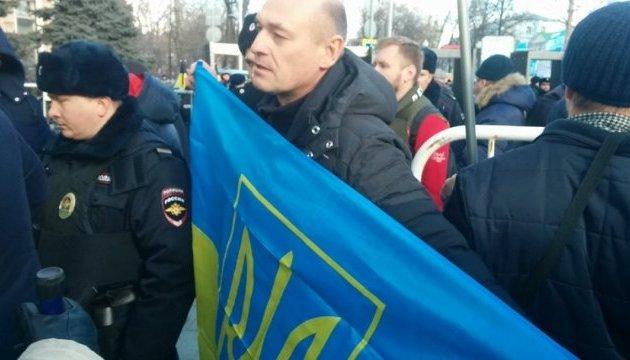 Кримські активісти беруть участь у московському марші пам'яті Нємцова