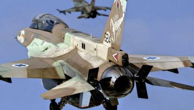 Израильские ВВС атаковали объекты в секторе Газа