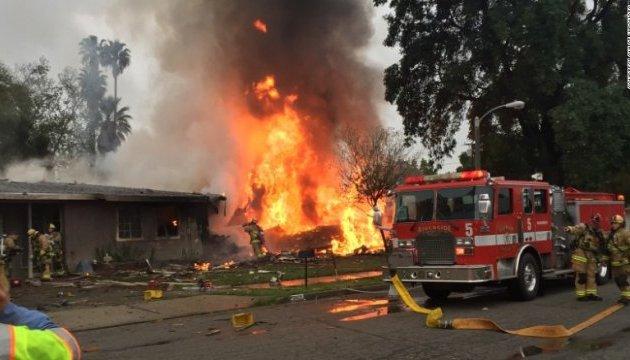Авіакатастрофа в Каліфорнії: є жертви