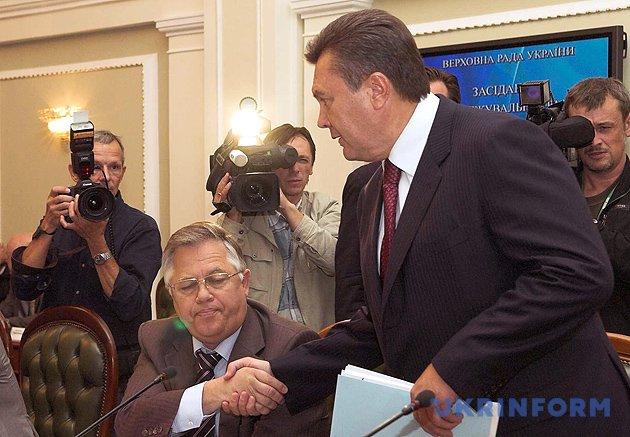 Петро Симоненко, Віктор Янукович