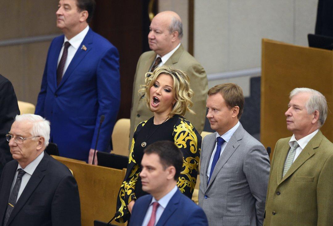 Марія Маскакова (ліворуч), Дмитро Вороненко (центр), Віктор Черкесов (праворуч)