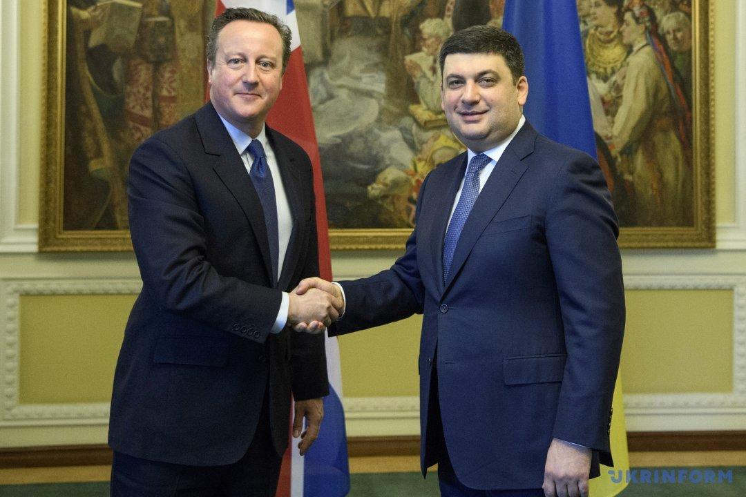 Порошенко обсудил сКэмероном санкции против РФ