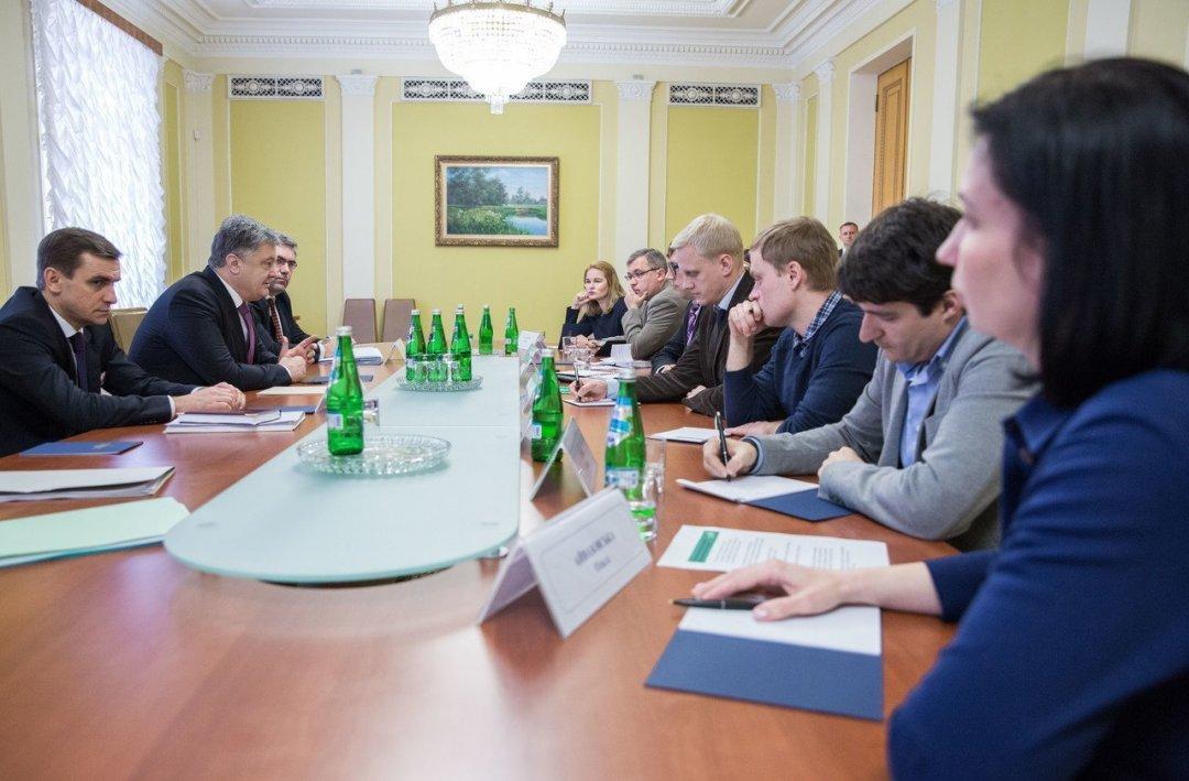 Представники громадських організацій обговорили з президентом внесення змін в е-декларування