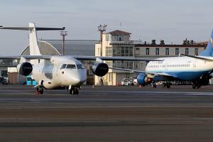 """Аеропорт у Жулянах евакуюють через """"мінування"""""""