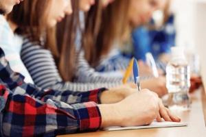 Нацкомісія з питань мови перевірить завдання для іспитів
