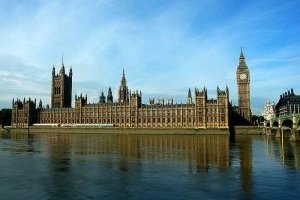 У будівлі парламенту Британії сталася пожежа