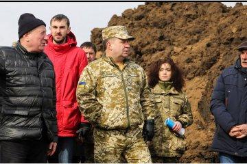 Verteidigungsminister Poltorak: Nur 68 Tonnen einsatzbereite Munition in Munitionslager Kalyniwka